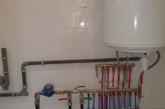 Nourrices sanitaires eau froide et eau chaude avec mini vannes d'isolement